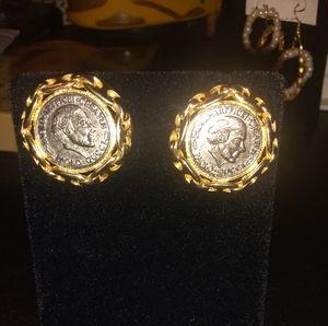 VINTAGE!/ COIN EARRINGS ♥️